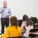 Học IELTS Writing: Hướng dẫn tự học từ A đến Z